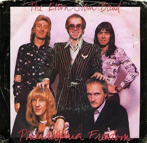 Elton John – PhiladelphiaFreedom