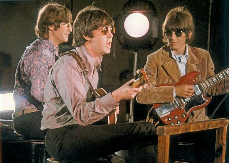 Beatles – Tomorrow Never Knows