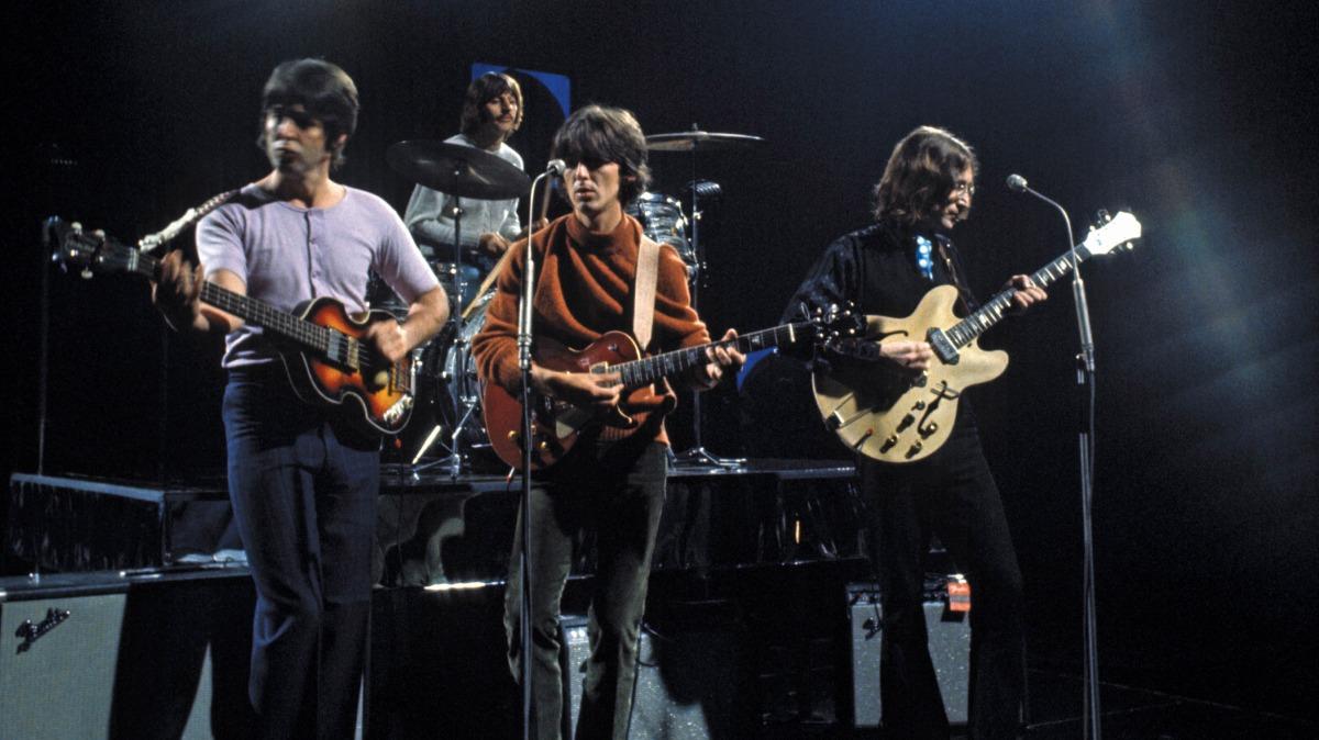 Beatles – Revolution