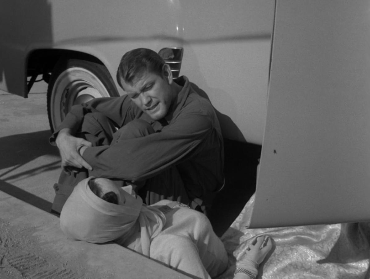 Twilight Zone – Where isEverybody?