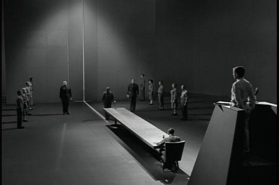 Twilight Zone – The ObsoleteMan