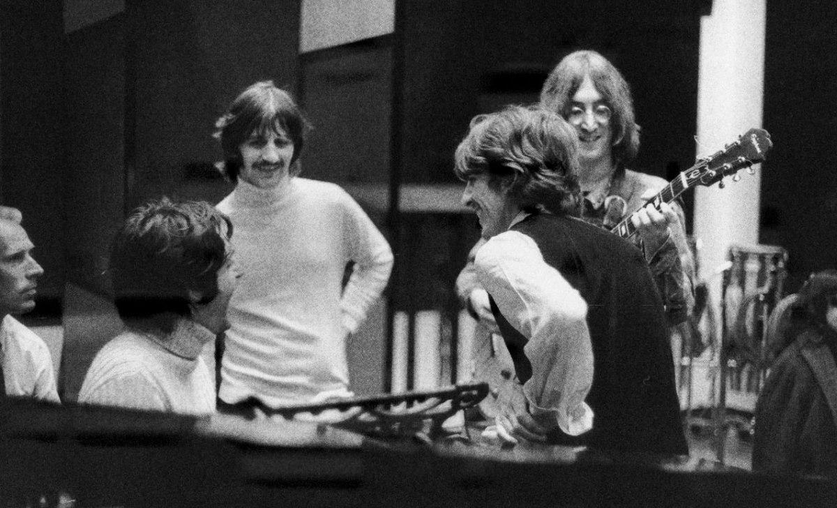 Beatles – Revolution1